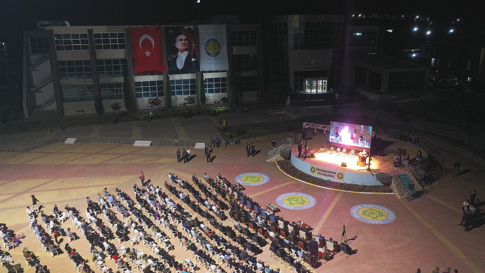 HRÜ'de yeni eğitim-öğretim yılı törenle açıldı