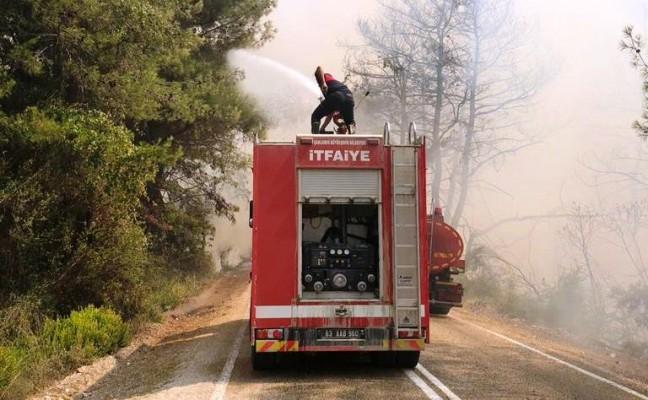 Şanlıurfa İtfaiyesi büyük yangına seferber oldu